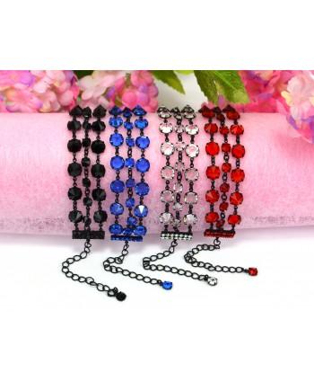Bransoletka potrójna z kryształkami w różnych kolorach w czarnej oprawie