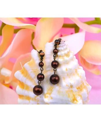 Naszyjnik z jasnozielonych perełek