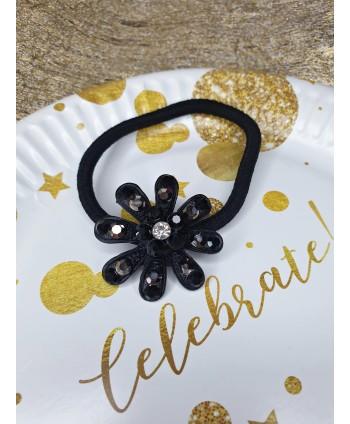 Ozdobna gumka do włosów z czarnym kwiatkiem