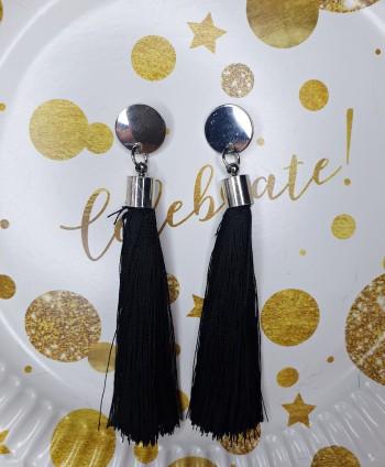Kolczyki czarne chwosty ze srebrnym kółeczkiem
