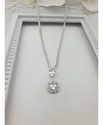 Naszyjnik srebrny z owalną zawieszką