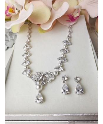 Komplet stal srebrna z kwiatuszkami i perłą