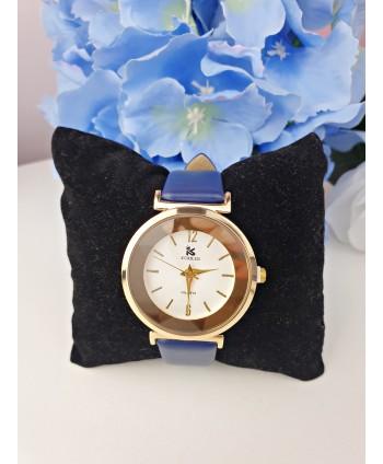 Zegarek damski na niebieskim pasku