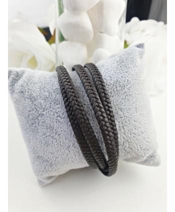 Naszyjnik z czarnych szlifowanych perełek potrójny