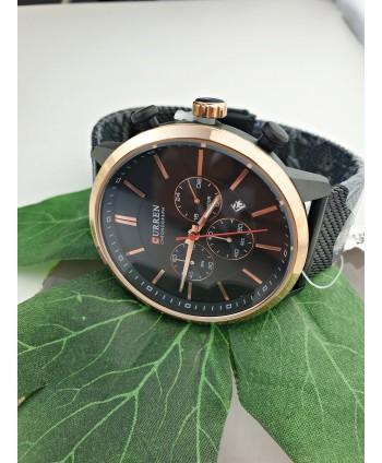Zegarek męski na czarnej taśmowej bransolecie