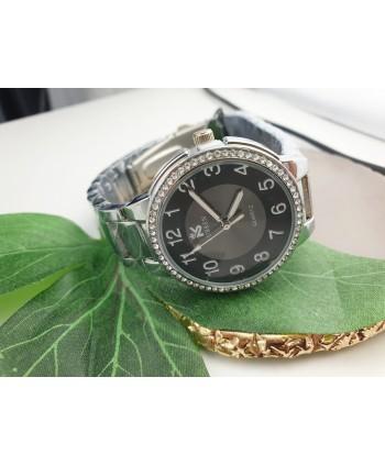 Zegarek damski na srebrnej bransolecie z dżetami
