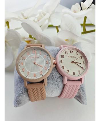 Zegarek damski silikonowy beżowy lub różowy