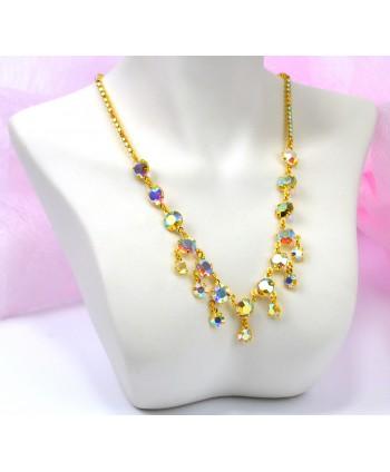 Naszyjnik z kryształkami opal w złocie