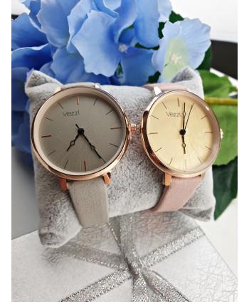 Zegarek damski  z kwiatkiem- kolory do wyboru