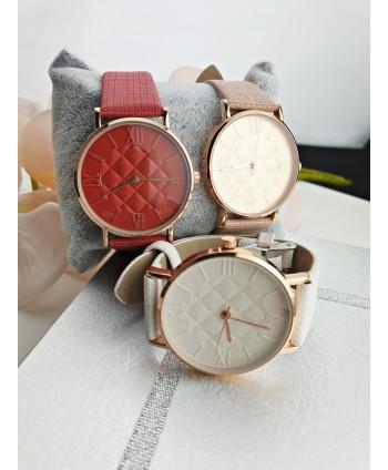Zegarek damski z tłoczoną tarczą - kolory do wyboru