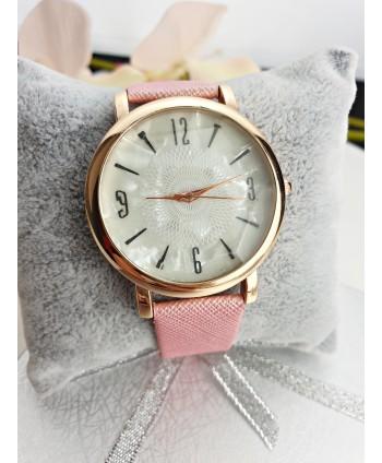 Zegarek damski ze szlifowanym w diament szkiełkiem