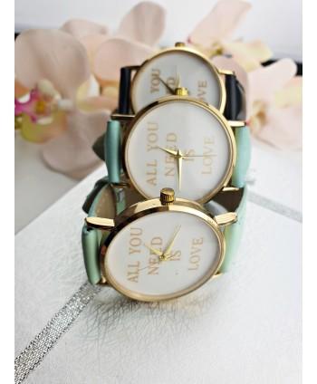 Zegarek damski z napisem- kolory do wyboru