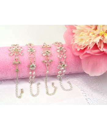 Bransoletki przezroczyste kryształki w kształcie kwiatuszków
