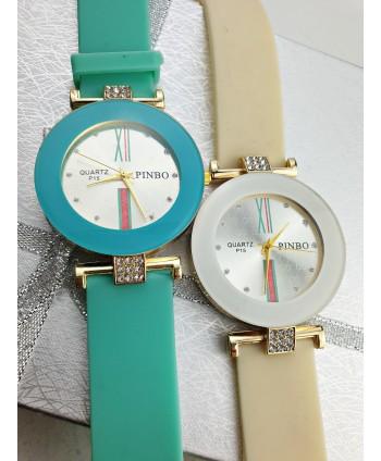 Zegarek z ozdobną tarczą- kolory do wyboru