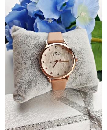 Zegarek z dodatkiem cyrkonii